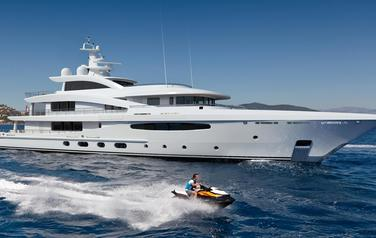 Heesen presented yacht Project Maximus
