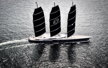 The Black Pearl from the Oceanco ready to sail