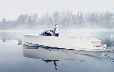 The Q30 is a new generation of motor boats from Q Yachts