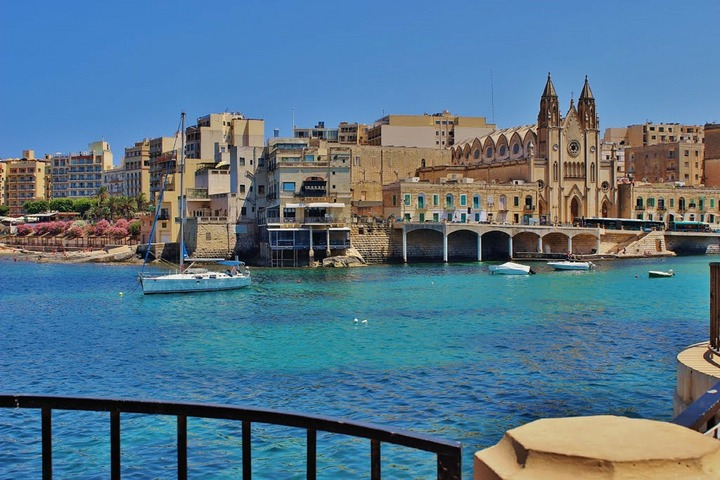 Malta yacht charter: Sailing the Historical places